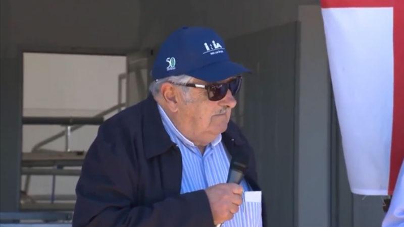 Mujica elogió a los tamberos profesión más dificil que ingenieria o medicina