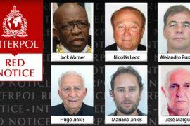Interpol emitio orden de detencion a exfuncionarios de FIFA